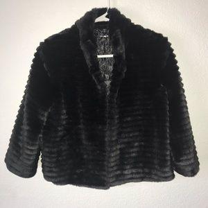 Express Faux Fur Jacket (Black)
